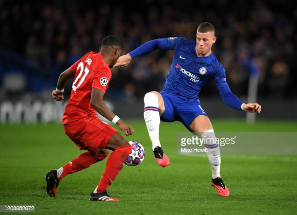 Ross Barkley of Chelsea takes on David Alaba of Bayern Munich during the UEFA Champions League round of 16 first leg match between Chelsea FC and FC...