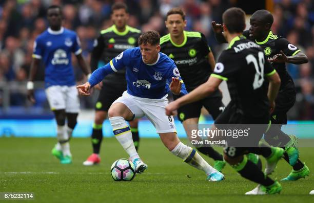 Ross Barkley of Everton attempts to move forward with the ball during the Premier League match between Everton and Chelsea at Goodison Park on April...