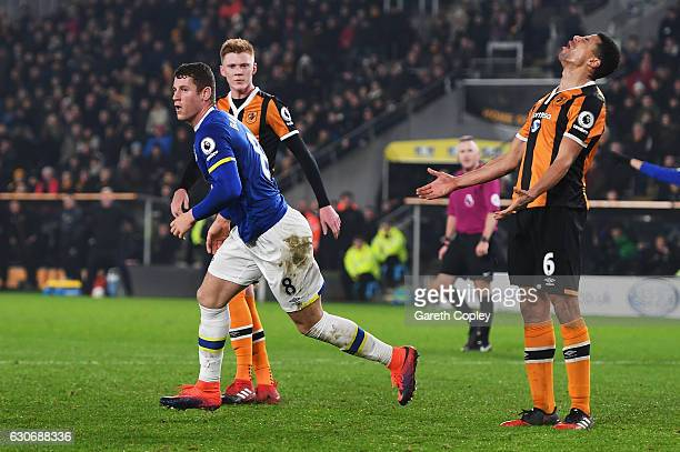 Ross Barkley of Everton celebrates scoring his team's second goal during the Premier League match between Hull City and Everton at KCOM Stadium on...