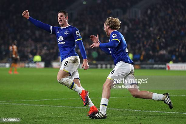Ross Barkley of Everton celebrates scoring his team's second goal to make the score 2-2 with team-mate Tom Davies during the Premier League match...