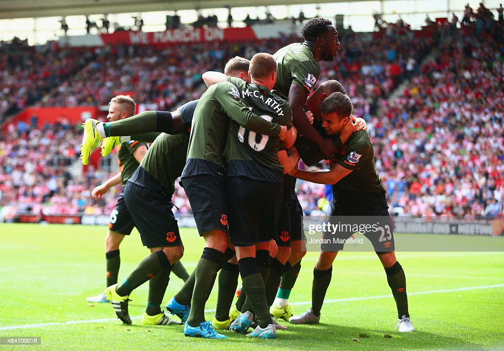 Ross Barkley (obscured) of Everton celebrates scoring his team's third goal with his team mates during the Barclays Premier League match between Southampton and Everton at St Mary's Stadium on August 15, 2015 in Southampton, United Kingdom.