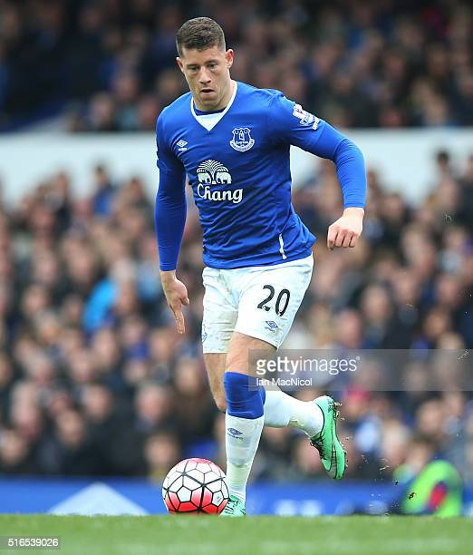 Ross Barkley of Everton controls the ball during the Barclays Premier League match between Everton and Arsenal at Goodison Park on March 19 2016 in...