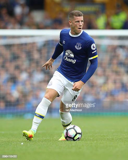 Ross Barkley of Everton controls the ball during the Premier League match between Everton and Stoke City at Goodison Park on August 27 2016 in...