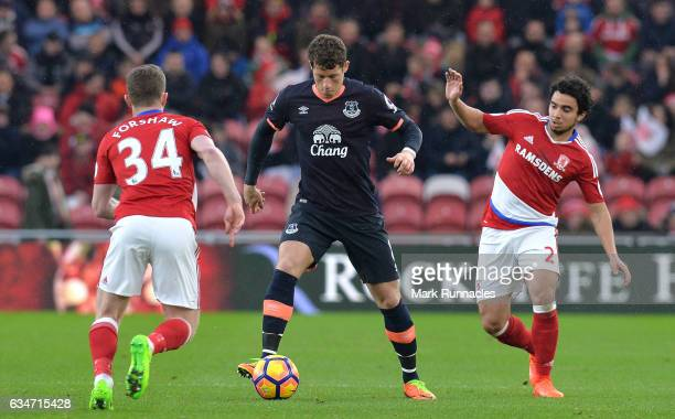 Ross Barkley of Everton controls the ball under pressure of Adam Forshaw and Fabio Da Silva of Middlesbrough during the Premier League match between...