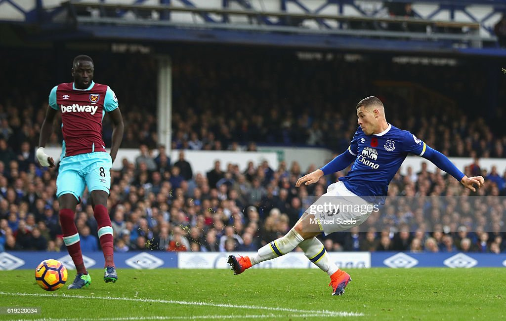 Ross Barkley of Everton (R) scores his sides second goal during the Premier League match between Everton and West Ham United at Goodison Park on October 30, 2016 in Liverpool, England.