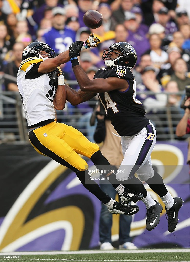 Pittsburgh Steelers v Baltimore Ravens