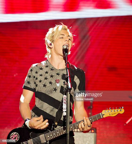 HOLLYWOOD CA MAY 13 Ross Lynch of R5 performs at the 2014 MDA show of strength telethon at the Hollywood Palladium on May 13 2014 in Hollywood...