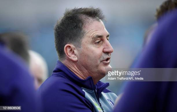 Ross Lyon Senior Coach of the Dockers addresses his players during the 2018 AFL round 22 match between the Geelong Cats and the Fremantle Dockers at...