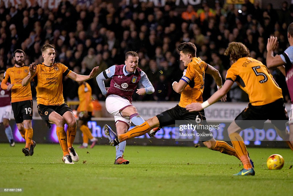 Ross McCormack of Aston Villa shoots at goal during the Sky Bet Championship match between Wolverhampton Wanderers and Aston Villa at Molineux on January 14, 2017 in Wolverhampton, England.