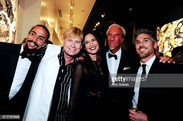 Ross Naess Joe Simpson Odette Annable Tom Everhart and Dave Annable attend the Tom Everhart Raw Exhibition of His Schulzinfluenced Paintings For The...
