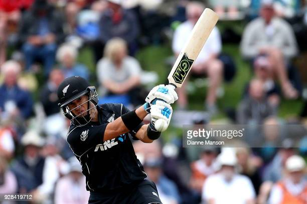 Ross Taylor of New Zealand bats during game four of the One Day International series between New Zealand and England at University of Otago Oval on...