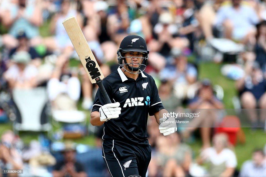 New Zealand v Bangladesh - ODI Game 3 : News Photo