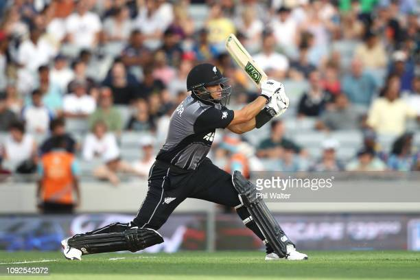 Ross Taylor of the New Zealand Black Caps bats during the International Twenty20 match between New Zealand and Sri Lanka at Eden Park on January 11...