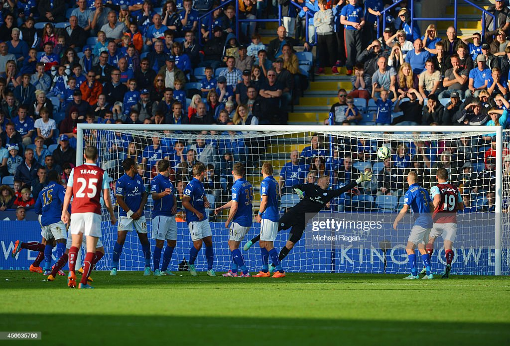 Leicester City v Burnley - Premier League : News Photo