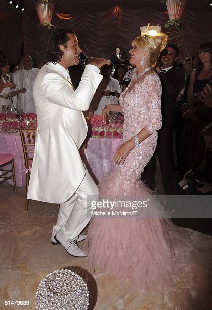 Rossano Rubicondi and Ivana Trump during their wedding reception at the MaraLago Club on April 12 2008 in Palm Beach Florida Ivana Trumps jewelry is...