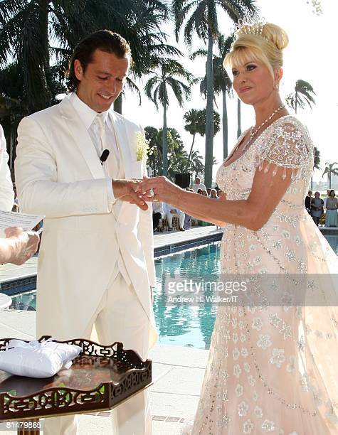 RATES Rossano Rubicondi and Ivana Trump exchange rings during the wedding ceremony of Ivana Trump and Rossano Rubicondi at the MaraLago Club on April...
