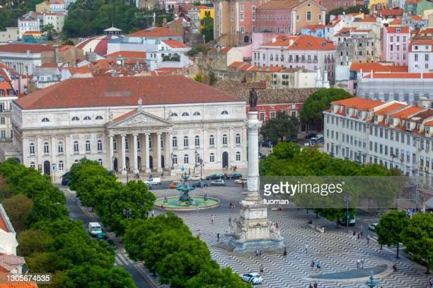 rossio square in lisbon - capitais internacionais imagens e fotografias de stock