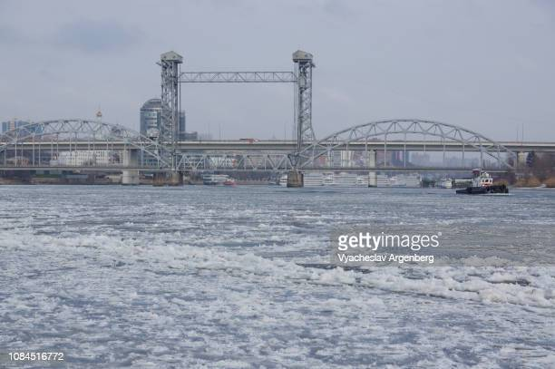 rostov-on-don movable railway bridge in winter, a three-span arched double track bridge - rostov on don stock pictures, royalty-free photos & images