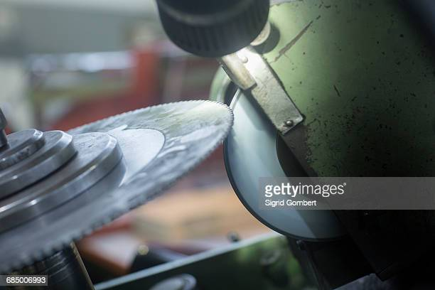 rotary blade and grinding machine - sigrid gombert photos et images de collection