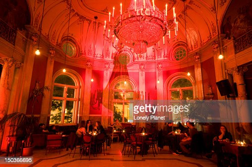 Rote Bar In Volkstheater Stock Photo Getty Images