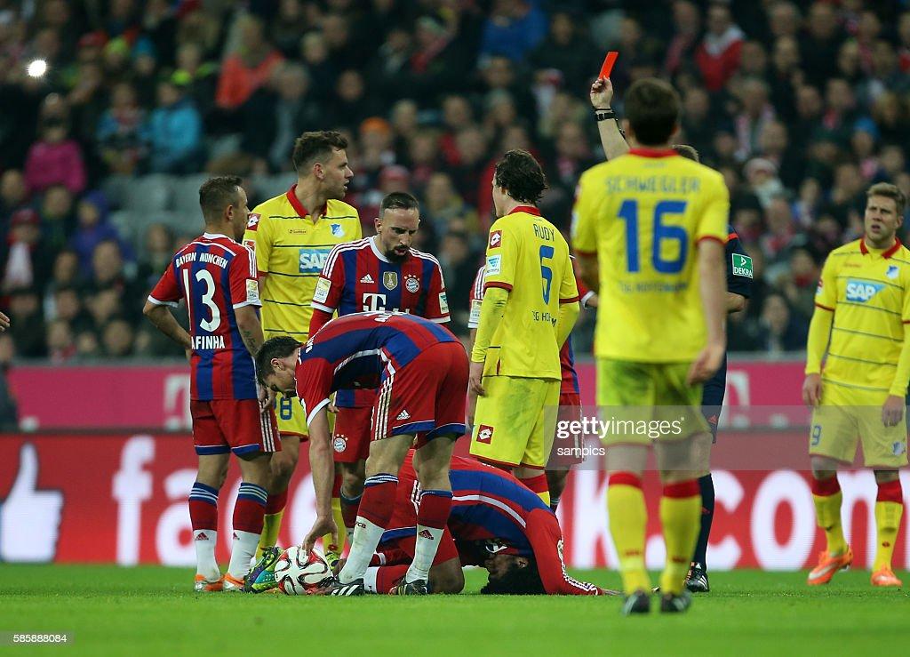Soccer - Bundesliga - Bayern Munich vs. TSG Hoffenheim : News Photo