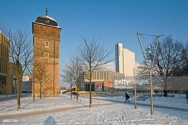 Red Turm und die Stadthalle