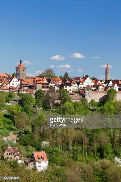 rothenburg ob der tauber, romantic road, franconia, bavaria, germany - rothenburg stock photos and pictures