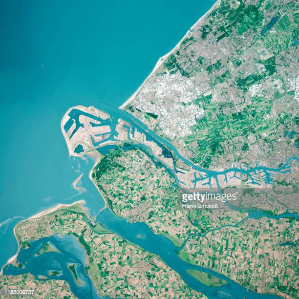 rotterdam river mouth 3d render aerial top view aug 2019 - frank ramspott fotografías e imágenes de stock