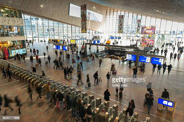 rotterdam train station - station stock pictures, royalty-free photos & images