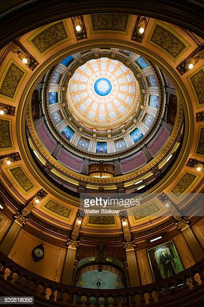 rotunda in michigan state capitol - michigan state capitol stock pictures, royalty-free photos & images
