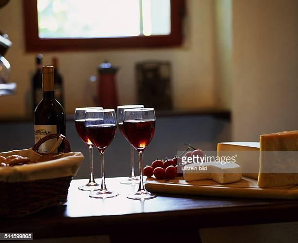 Rotwein Käse Weintraube
