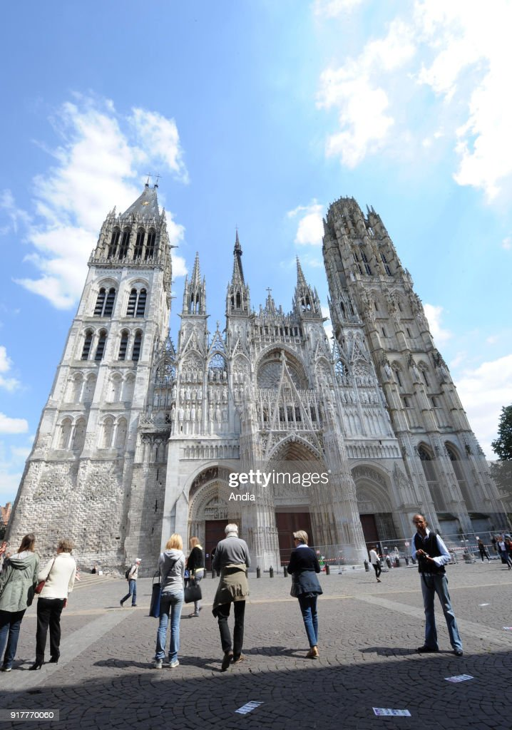 Bayeux Cathedral. : News Photo