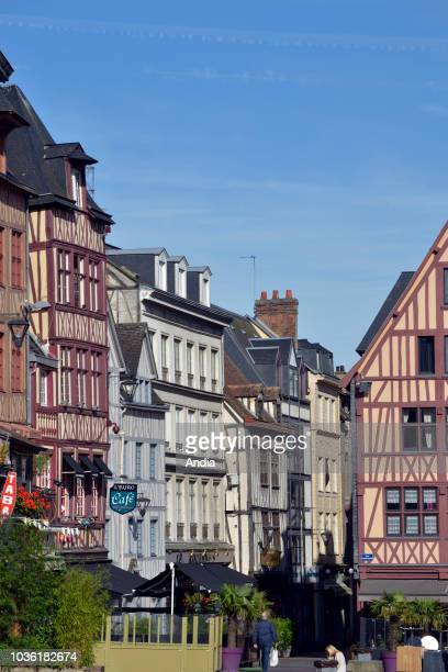 Rouen : Norman traditional houses with half-timbered frontages in the square of the Old Market in the hypercenter of the city