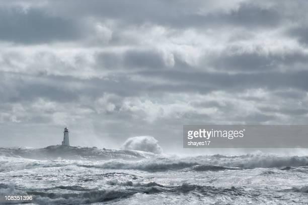 Rough Meer und Leuchtturm