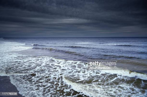 rough water and waves in atlantic ocean. florida, usa - storm stock pictures, royalty-free photos & images