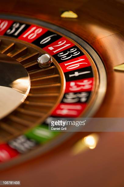 roulette wheel - roulette stock pictures, royalty-free photos & images