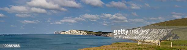 round the island race from compton bay. - s0ulsurfing stock pictures, royalty-free photos & images