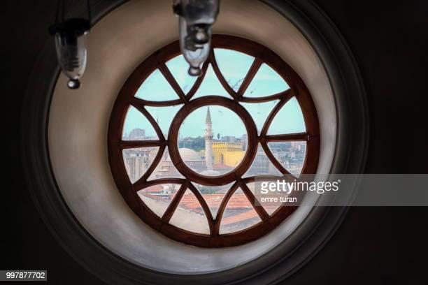 round window(DSCF7755-1.jpg)