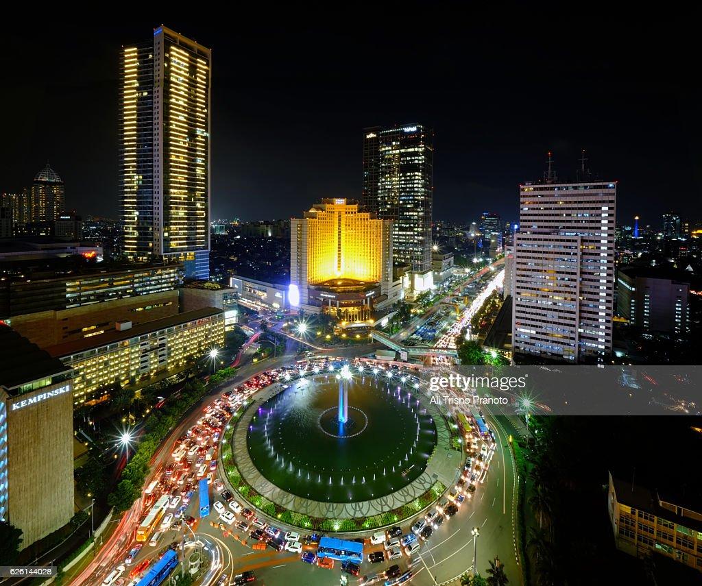 Hi Roundabout In Jakarta City At Night Jakarta Skyline