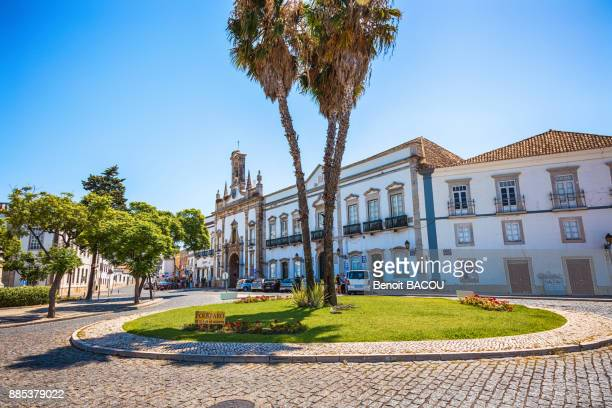 roundabout street comte. manueville francisco, city of faro, algarve region, portugal - faro city portugal stock photos and pictures