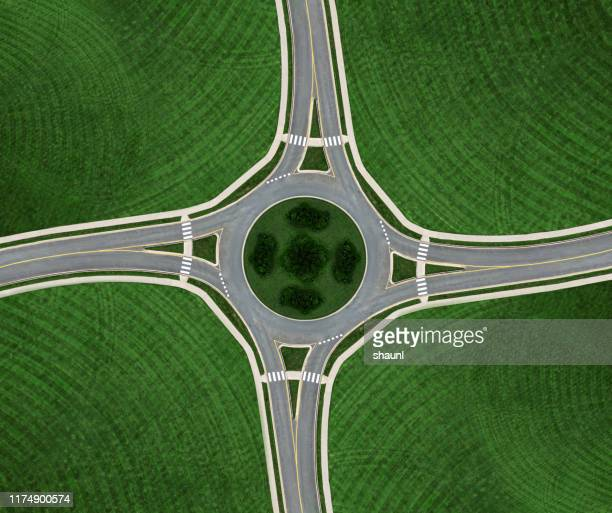 rond-point symmetry - carrefour photos et images de collection