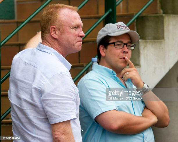 Andy MURRAY v Richard GASQUET .WIMBLEDON - LONDON.Aston Villa manager Alex McLeish with comedian Michael McIntyre