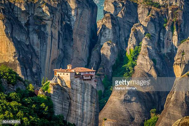 roussanou monastery, meteora monasteries, trikala, thessaly, greece. - thessaly stock pictures, royalty-free photos & images