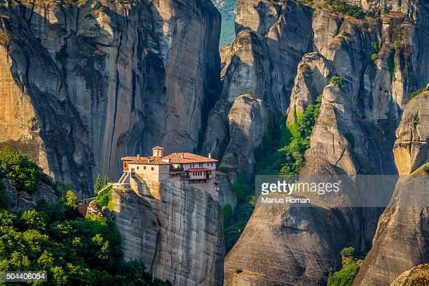 roussanou monastery, meteora monasteries, trikala, thessaly, greece. - monastery stock pictures, royalty-free photos & images