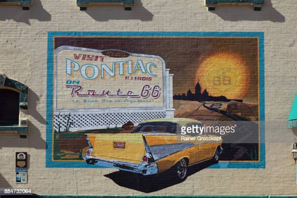 route 66 mural in pontiac - illinois stock pictures, royalty-free photos & images