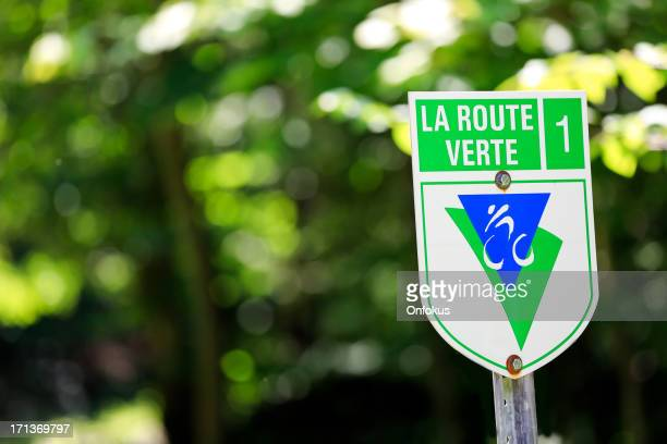 route verte sign on a cycle path - thoroughfare stock photos and pictures