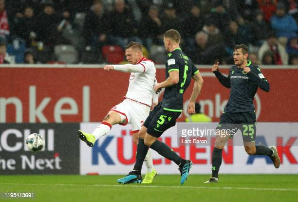 Rouwen Hennings scores his sides first goal during the Bundesliga match between Fortuna Duesseldorf and 1. FC Union Berlin at Merkur Spiel-Arena on...