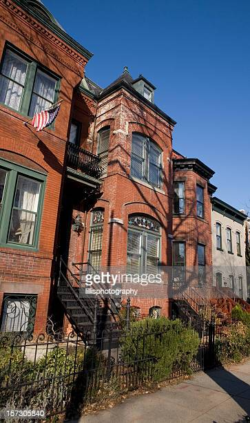 row houses in washington dc - narrow stock pictures, royalty-free photos & images
