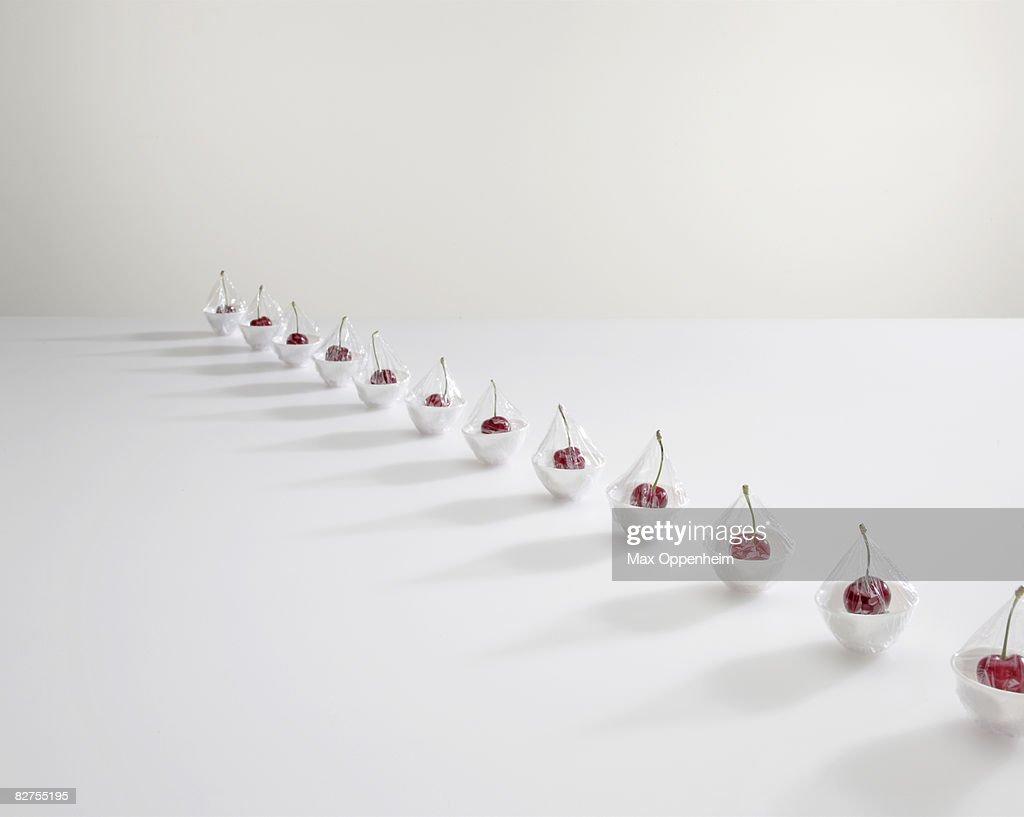row of cherries  : Foto de stock