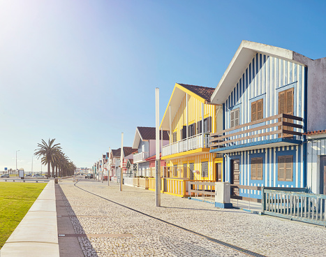 Row of colourful beach houses in Costa Nova, Portugal - gettyimageskorea